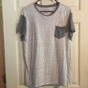 🍀 Aeropostale Pocket T-Shirt Sz L